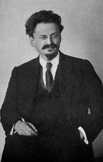 330px-Lev_Trotsky